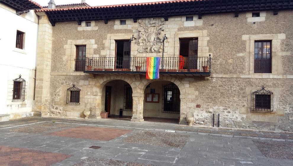 El Ayuntamiento instala iluminación led en el Pabellón Deportivo Juan de Herrera