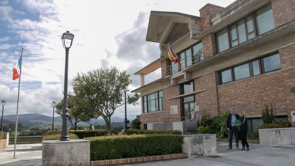 El Ayuntamiento licita en 255.000 euros dos obras de seguridad vial y de urbanización para usos deportivos