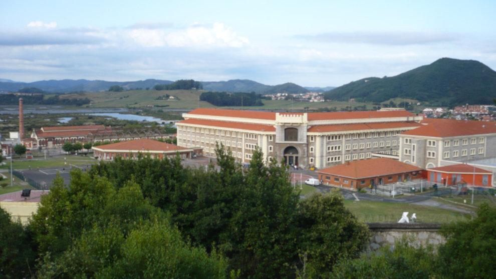 Trasladan a El Dueso al etarra Gorka Martínez, condenado por sus intentos de asesinar a Atutxa, ex presidente del Parlamento vasco