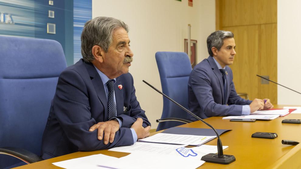 """Revilla y Zuloaga, """"optimistas"""" ante el futuro de Cantabria"""