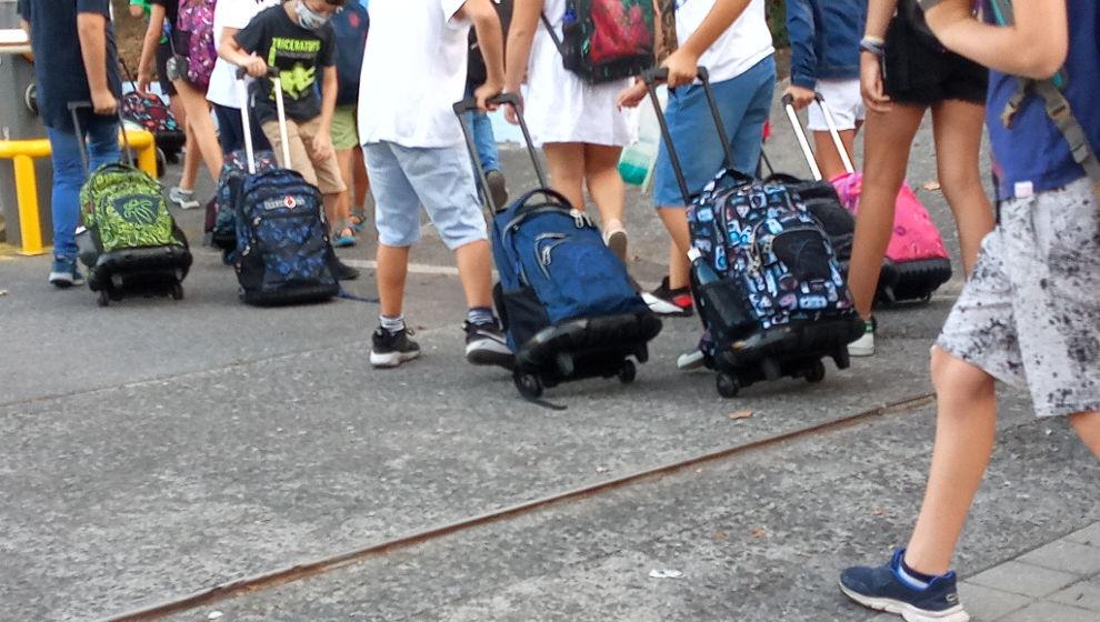 Los colegios de Cantabria recuperan los recreos compartidos