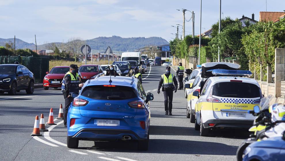 El Ayuntamiento refuerza la presencia de policías por el fin del Estado de Alarma