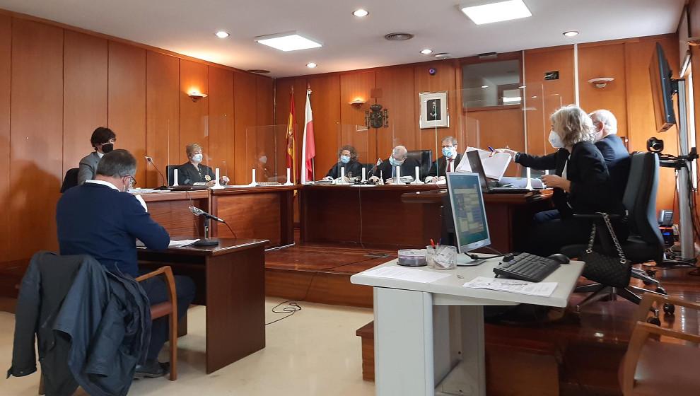 Absuelto el alcalde de Vega de Liébana por falsedad documental en la vía ferrata