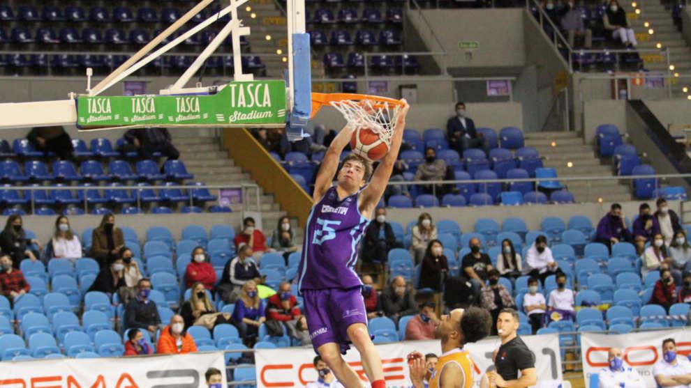Jorge Otero lidera a Cantbasket en el derbi ante Conspur Becedo