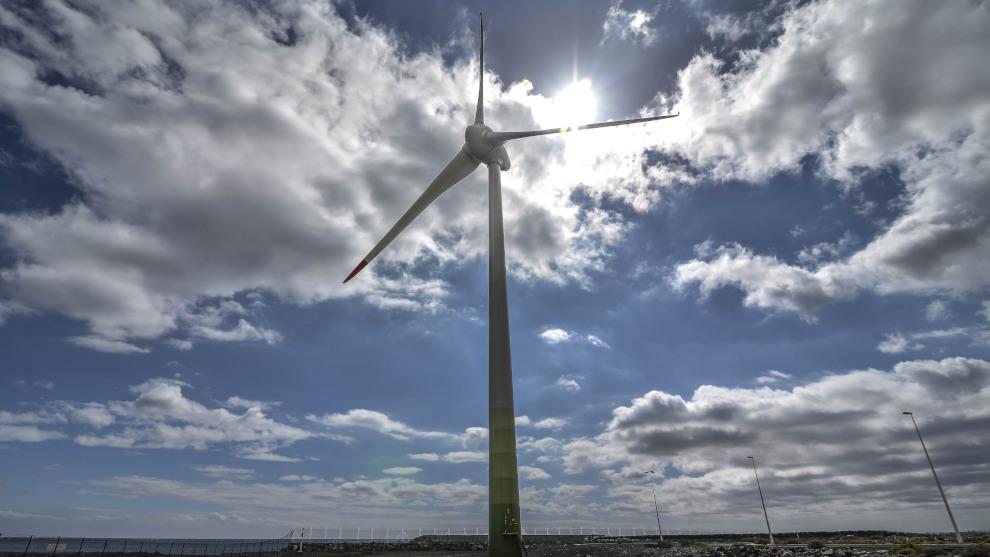 PRC y PSOE proponen que el PROT o el futuro Plan Energético de Cantabria recojan zonas de exclusión como Valles Pasiegos