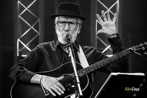 Pancho Varona y su 'Noche Sabinera', este sábado en el Auditorio de Ajo