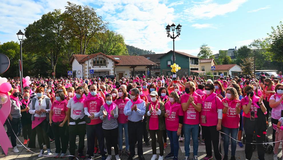 Reocín se tiñe de rosa solidario con la Marcha Contra el Cáncer